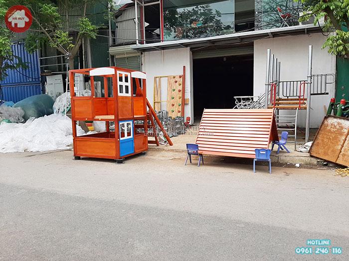 Nhà chòi gỗ cầu trượt kèm 2 xích đu vận động đa năng giá rẻ