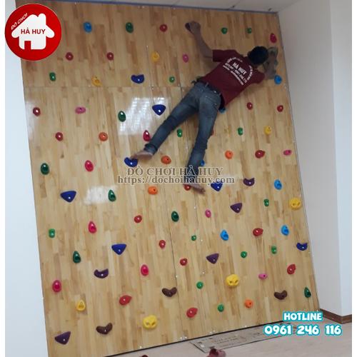 Vách leo núi bằng gỗ cho bé mầm non HE2-003-3