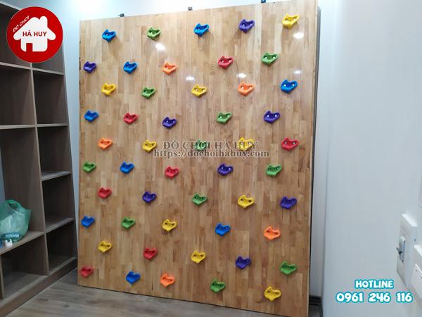 Sản xuất lắp đặt vách leo núi cho bé bằng gỗ cho khách tại Hà Nội-1